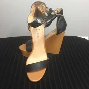 Black and Tan wedges with black detailing